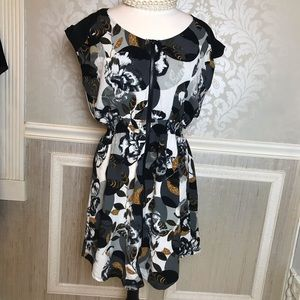 Bar III Size XL zip floral waist cinching dress